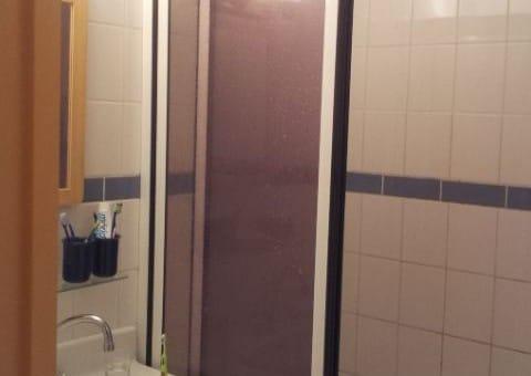 salle de bains avant rénovation dans un appartement à Amiens1 480x340